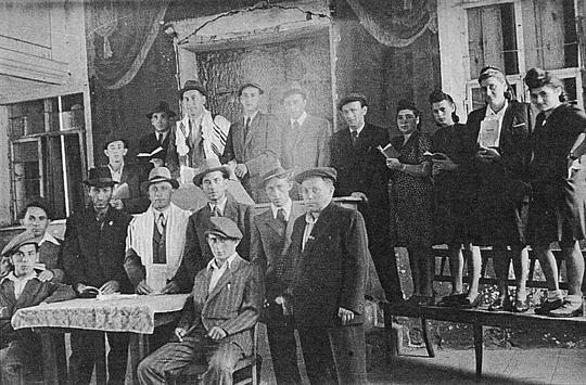 Jom Kippur Feier der jüdischen DPs in der Synagoge von Georgensgmünd, © jgt-archiv